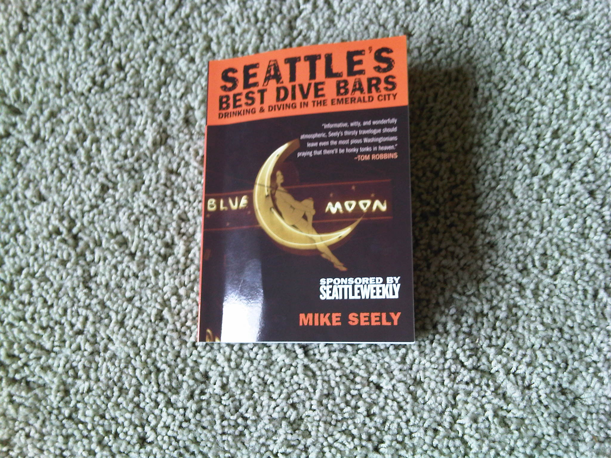 Analyzing dive bars head first thebeerchaser - Dive bar definition ...
