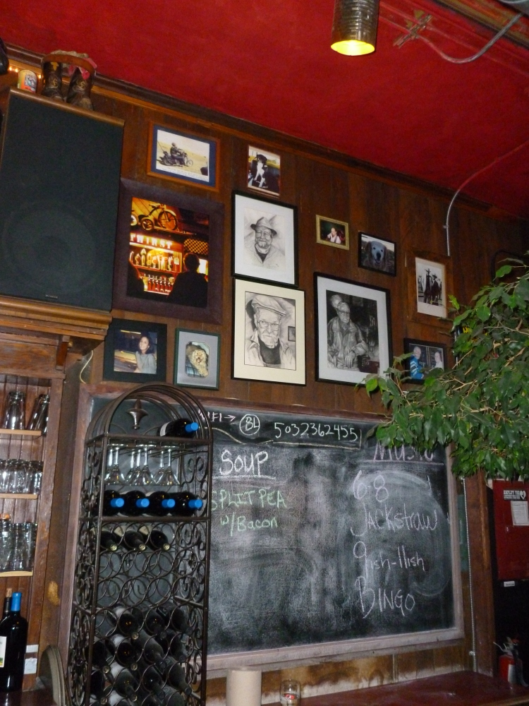The Laurelthirst Public House - A Classy and Comfortable Neighborhood Bar (5/6)