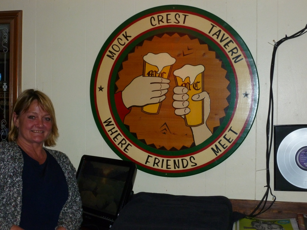 Mock Crest Tavern - A North Portland Classic (4/6)