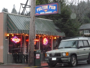 The Fulton - opened by the McMenamins in 1988 and reportedly the original home of Hammerhead Ale.