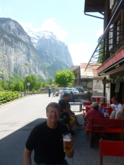 Thebeerchaser enjoying the scenery and a brewski outside the Horner Tavern in laldll Switzerland