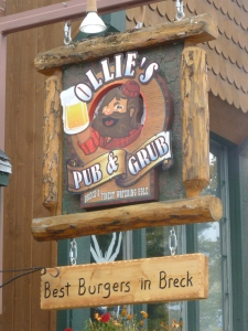 Ollies - the best burger in Breck?