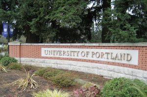 800px-University_of_Portland_entrance_sign