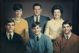 The Williams clan in the '60's including sister, Lynne, Duane and Frannie